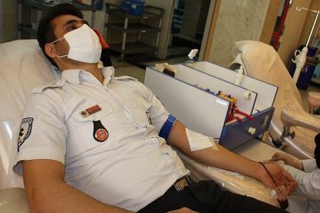 اهدای خون اورژانس استان گلستان در قالب پویش ملی فرشتگان سپید پوش