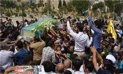 تشییع شهید مدافع حرم ادریس بیاتی+تصاویر