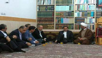 عکس/ دیدار وزیر راه و شهرسازی با امام جمعه کلاله