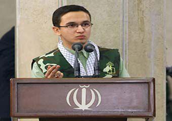 سخنرانی دانش آموز گلستانی در محضر رهبر معظم انقلاب + عکس