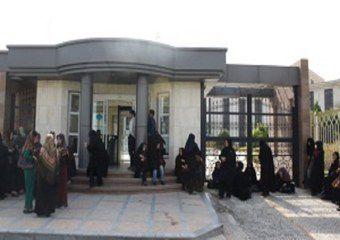 سومین تجمع مربیان پیش دبستانی در مقابل استانداری گلستان