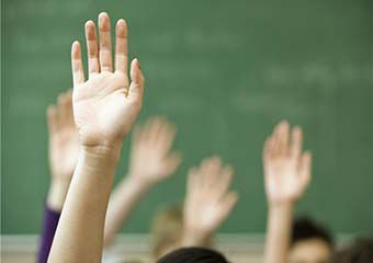 بازجویی از ناظم متخلف آغاز شد/ حضور ناظر در مدرسه برای برگزاری امتحانات