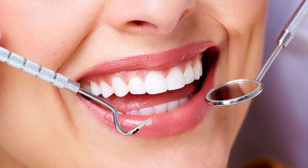 چرا دندان ها جرم می گیرد؟