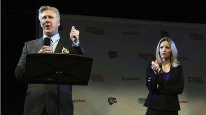 "اجرای کمدی موزیکال ""Clinton, the musical"" در نیویورک"