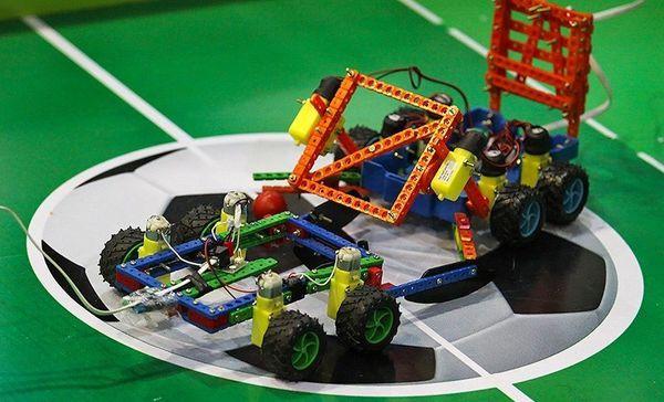 مسابقات رباتیک دانشآموزان استان گلستان برگزار شد