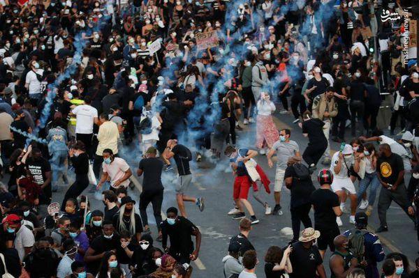 فیلم/ استقبال متفاوت پلیس فرانسه از معترضان