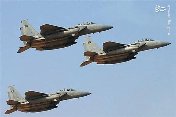 فیلم/ لحظه حمله جنگندههای سعودی به مزدورانشان