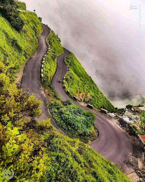 جاده زیبایی در استان گلستان