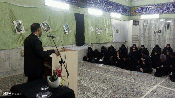 زنان سهم بسزایی در تربیت نسل جوان مومن و انقلابی دارند