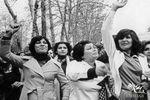 راهپیمایی خانمهای بیحجاب در خیابانهای تهران / تصاویر