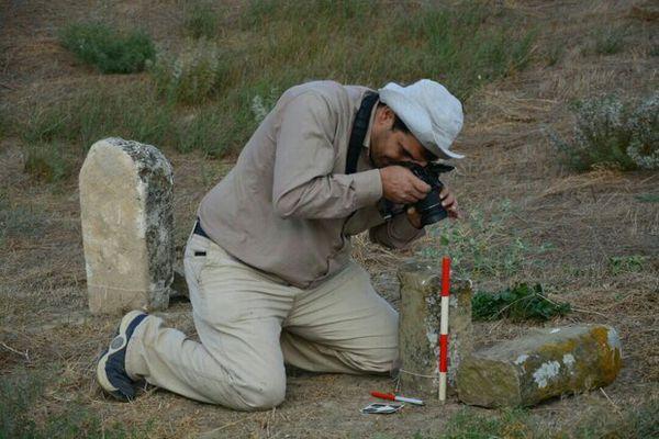 بررسی باستان شناسی تعیین حریم گورستان تاریخی«خالدنبی» آغاز شد