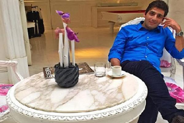 حمید گودرزی: از همسرم جدا نشدم جدا زندگی می کنم!