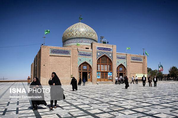 تجمعات مذهبی و مراسم تحویل سال در بقاع متبرکه لغو شد