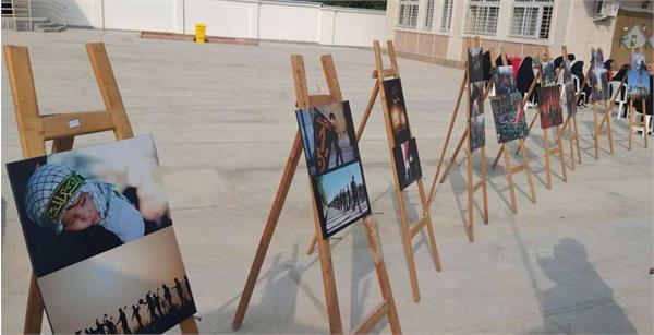 برپایی نمایشگاه عکس محرم در مدرسه شاهد دختران شهرستان رامیان
