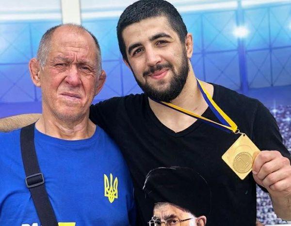 ابراز علاقه کشتی گیر قهرمان اوکراینی به رهبر معظم انقلاب + فیلم