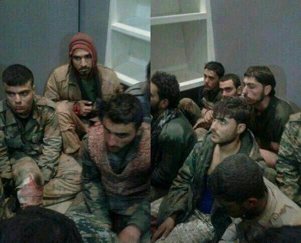 تصویری از رزمنده های اسیر شده در خان طومان سوریه