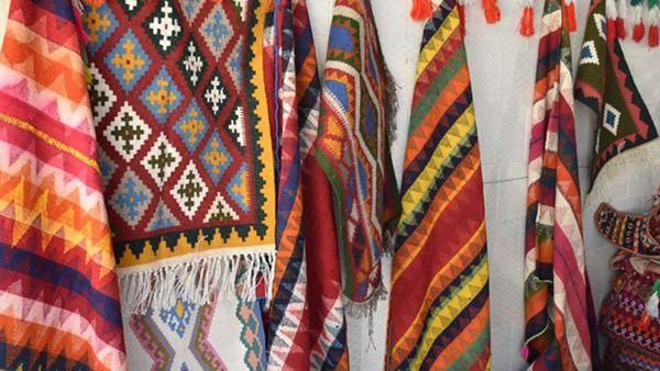 """""""زیارت"""" روستای ملی جاجیم بافی را بیشتر بشناسید"""