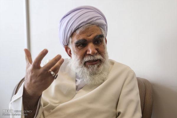 مشکلات جامعه اسلامی با وحدت برطرف می شود