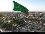 اهتزار پرچم 150 متری امام رضا (ع) در بام گرگان+گزارش تصویری