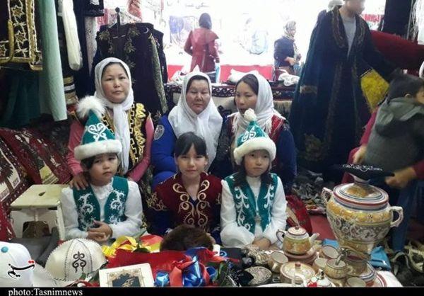 نمایشگاه صنایعدستی استانهای کشور در گنبدکاووس برپا شد