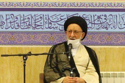 بانوان باید دانش خود را نسبت به معارف اسلامی، عمیق و به روز کنند