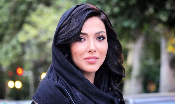 خانم بازیگر از نرفتنش به افطاری رئیس جمهوری گفت