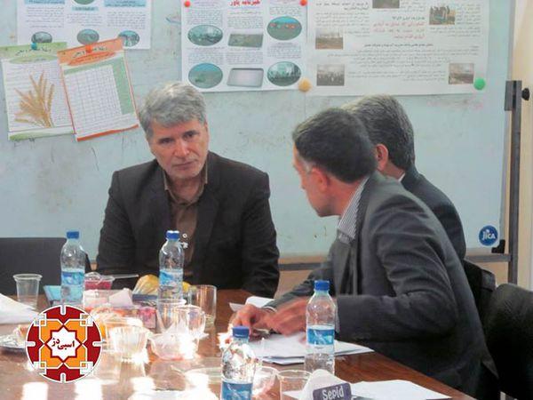 بازدید کارشناسان تاجیکستان از پروژه مدیریت مشارکتی آب در آق قلا + تصاویر