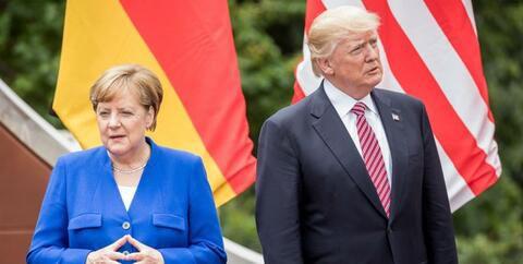 فیلم/ ماجرای پوزخند مرکل به ترامپ