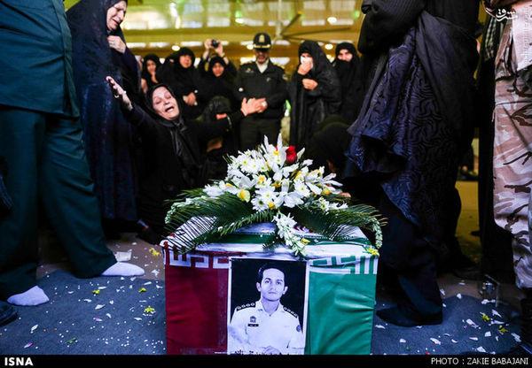 تشییع پیکر محمد تقیزاده شهید نیروی انتظامی+تصاویر